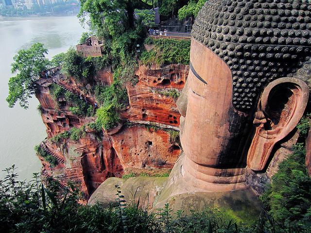 Grand Buddha de Leshan en Chine  tête