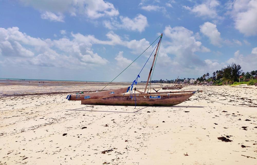 bateau plage de Jambiani