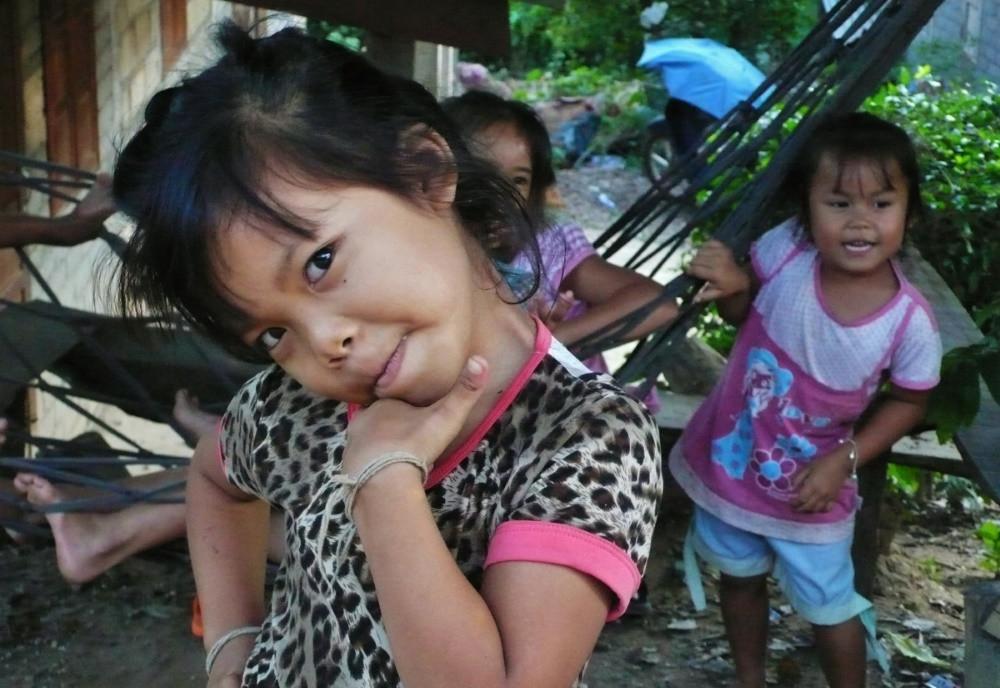 fillettes laos