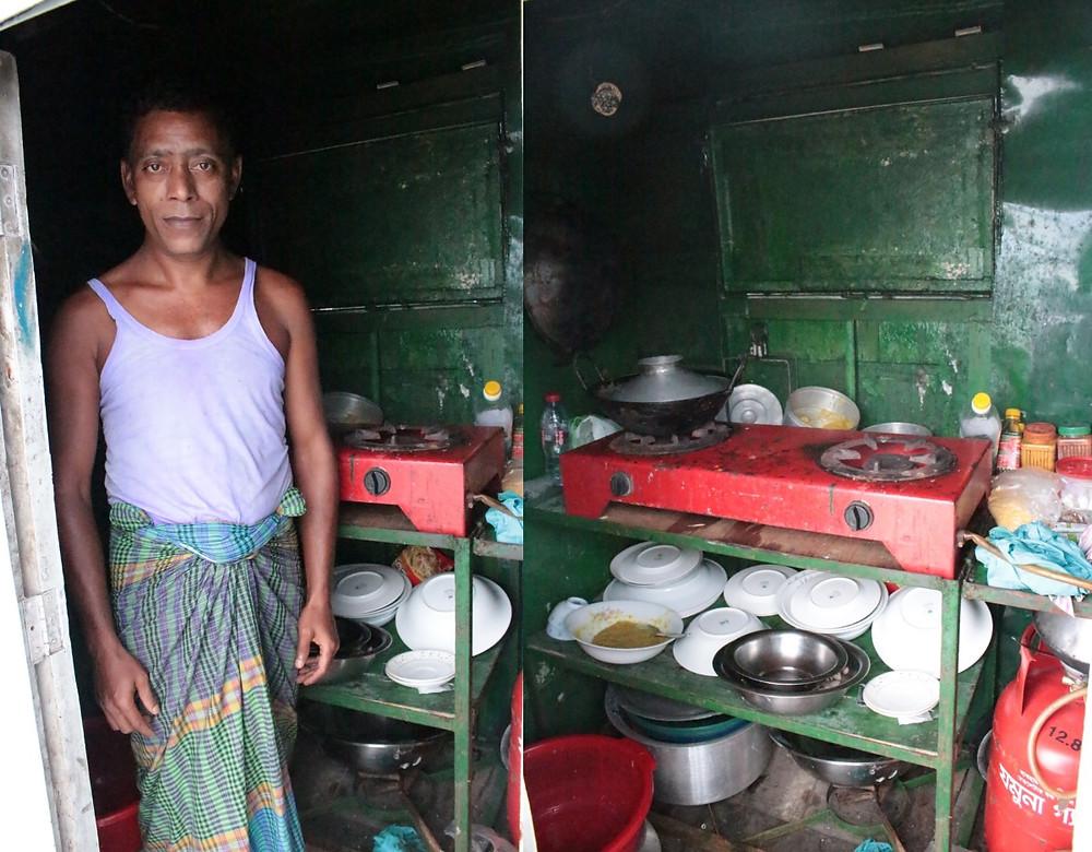 Cuisinier bateau Sundarbans au Bangladesh