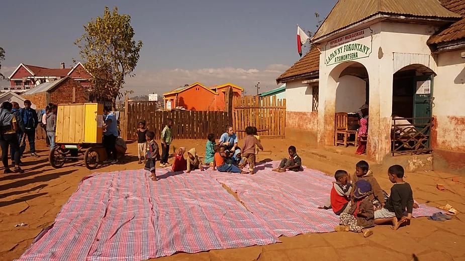 Voyage solidaire à Madagascar