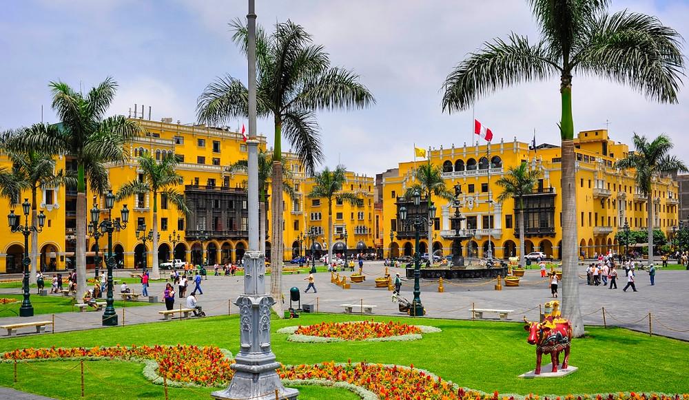 place des armes Lima