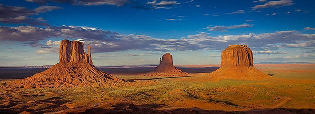 Monument Valley Dans Le Colorado Aux Etats Unis Globe Trotting