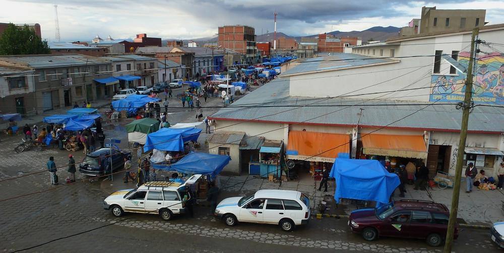 marché ville d'Uyuni en Bolivie