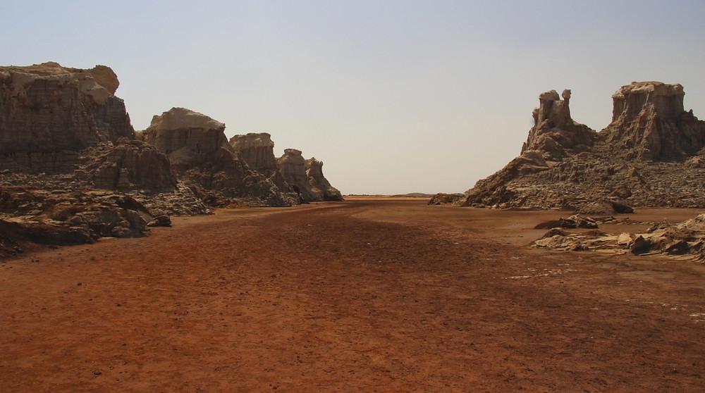 vue sur canyon de sel rose éthiopie