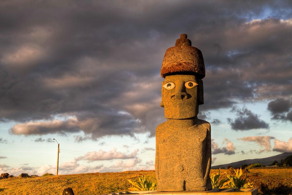 Moaï de l'île de Pâques avec yeux