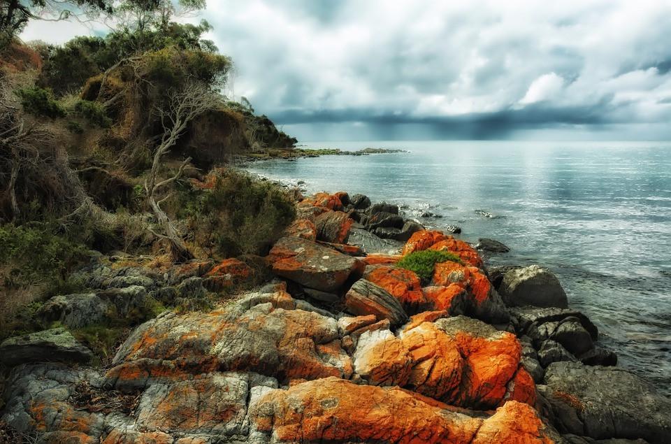 sable blanc Bay of Fires en Tasmanie