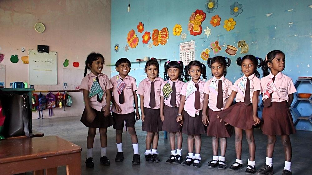 écoliers sri lanka mirissa