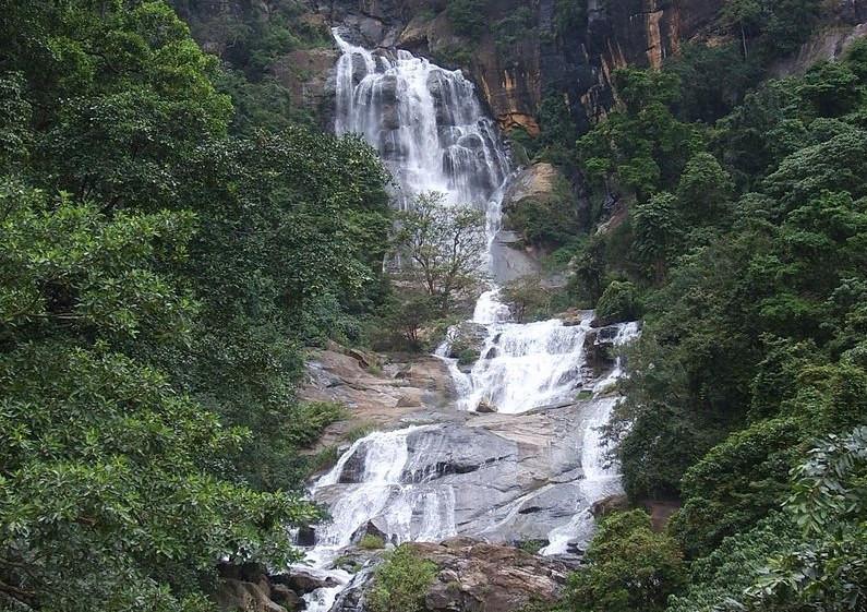 Ravana falls Ella au Sri Lanka