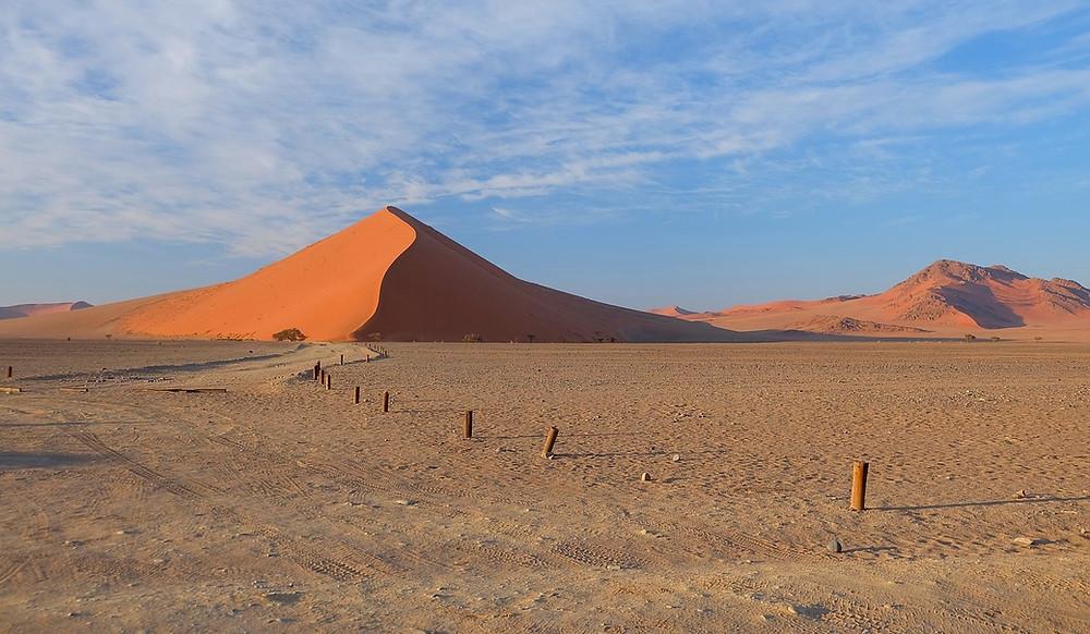 dunes de Sossusvlei de loin
