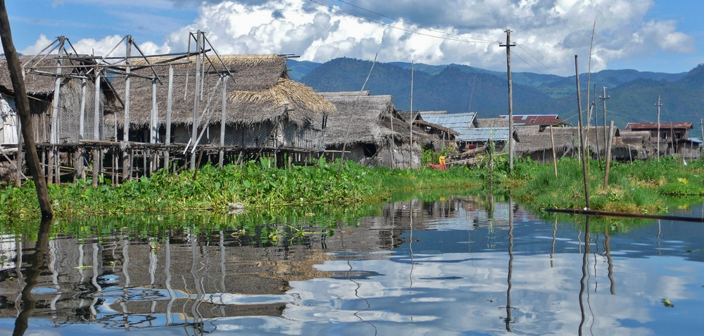 Villages et jardins flottants sur le Lac inlé