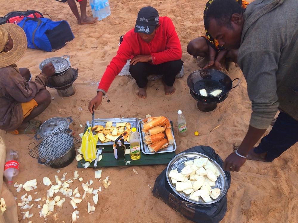 Tsiribihina petit déjeuner