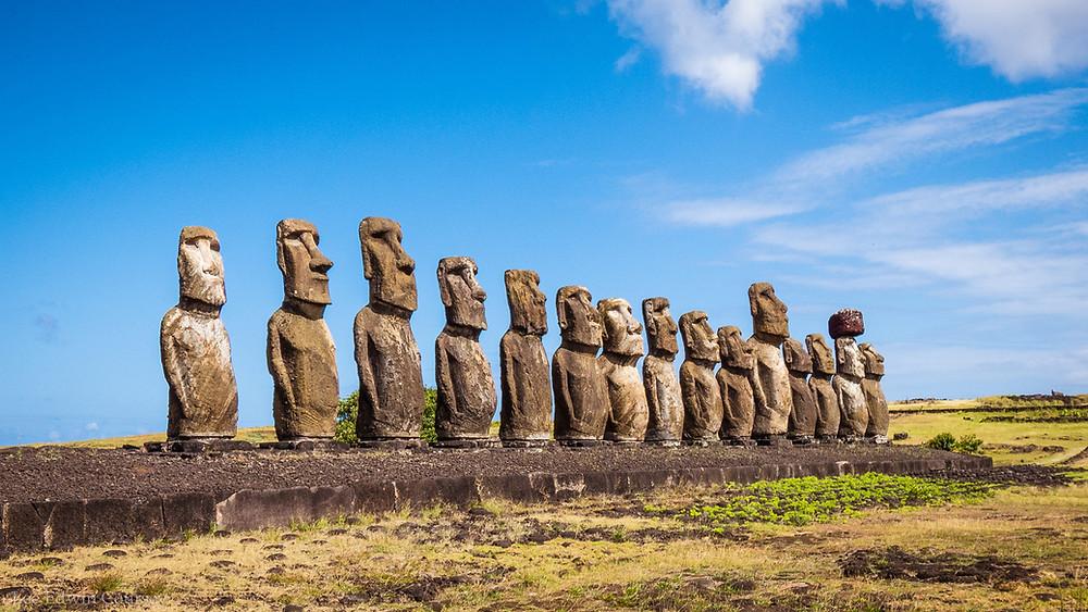 statues Moaï de l'île de Pâques