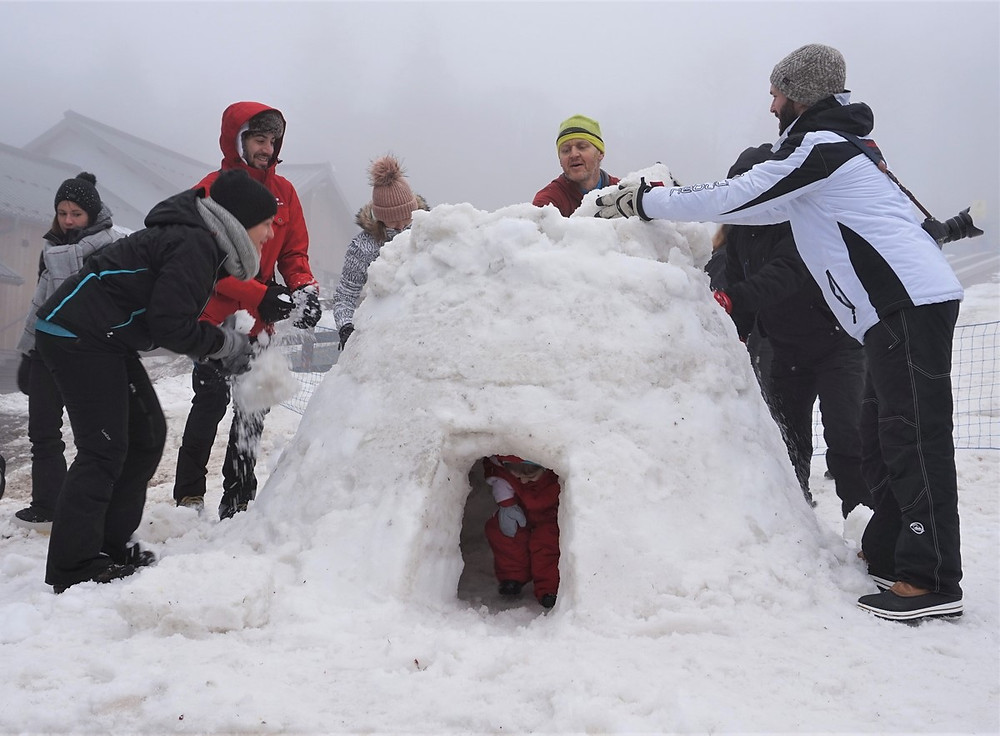 construire un igloo dans le massif des vosges