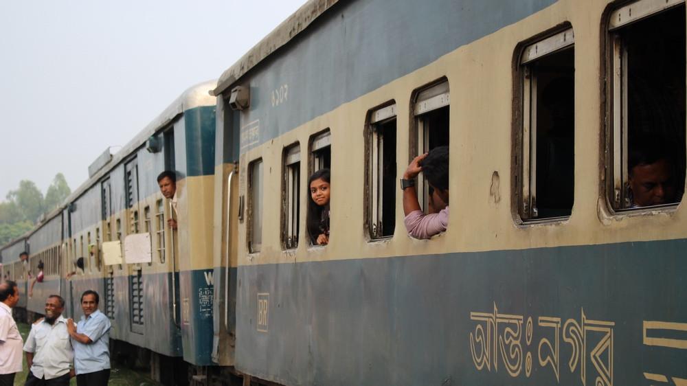 réseau ferroviaire Bangladesh Dhaka Srimangal