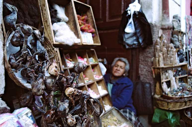 marché aux sorcières de la paz bolivie