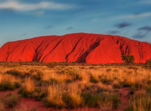 Uluru, montagne rouge en Australie