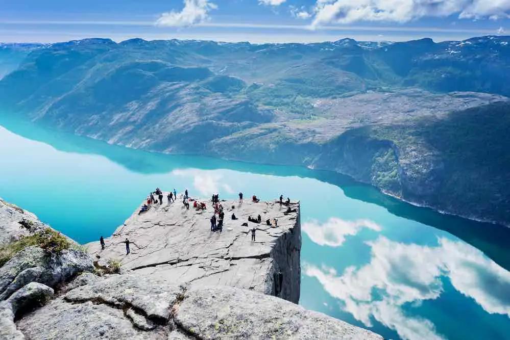 Pulpit Rock falaise Preikestolen Norvège