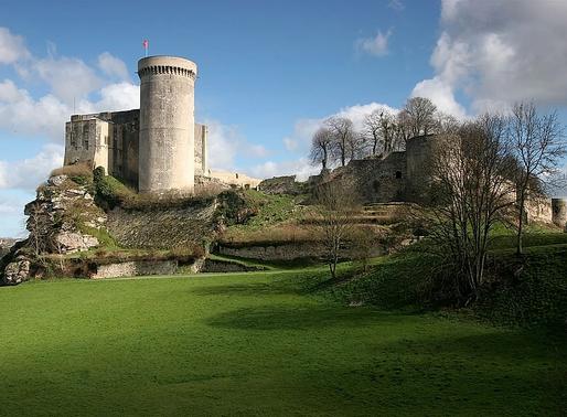 La Normandie médiévale : Châteaux et fêtes