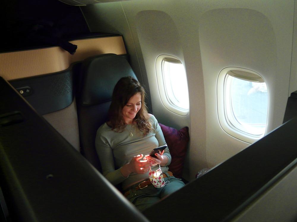 voyageuse qatar airways