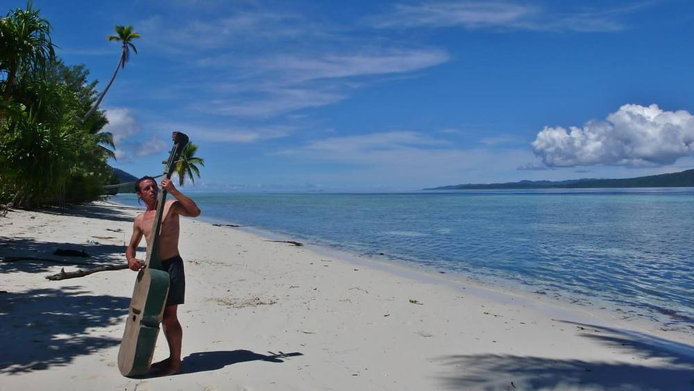 Raja ampat Contrebasse de papouasie