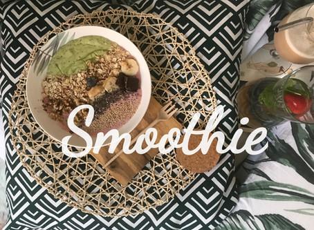 Smoothie Bowl. Avocado & Strawberry