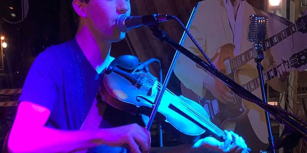 Live Music 🎶 w/ Matt Hundley