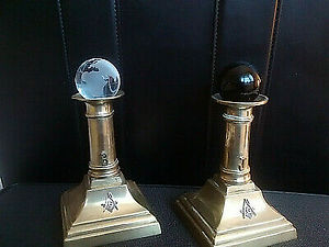 Masonic-Brass-Pillars-at-The-Porchway-or