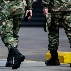 Dos soldados regulares habrían robado un vehículo particular en su día de descanso