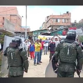 Después de 8 horas se logró el desalojo en el barrio la Cañada de Soacha