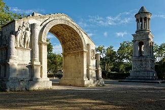 Les-Antiques-Saint-Remy-de-Provence.jpg