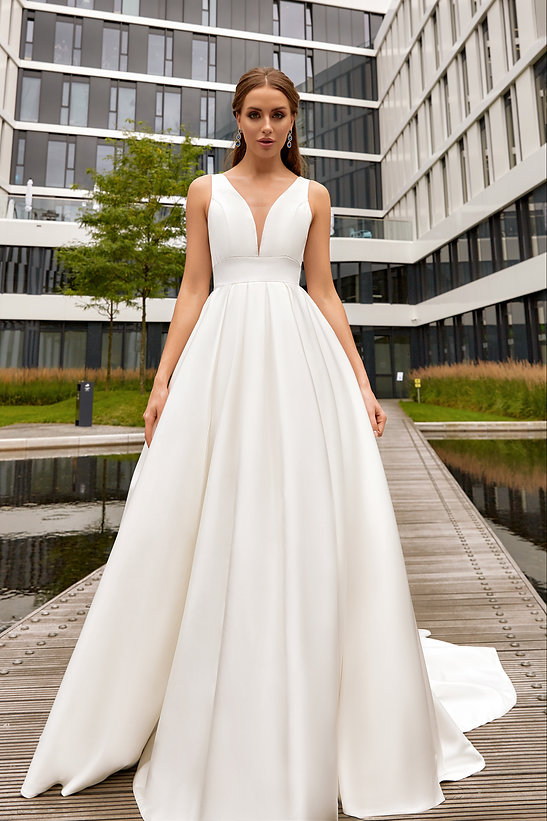Megan Wedding Dress