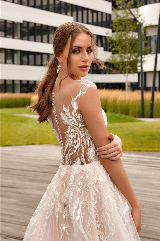Victoria Wedding Dressing