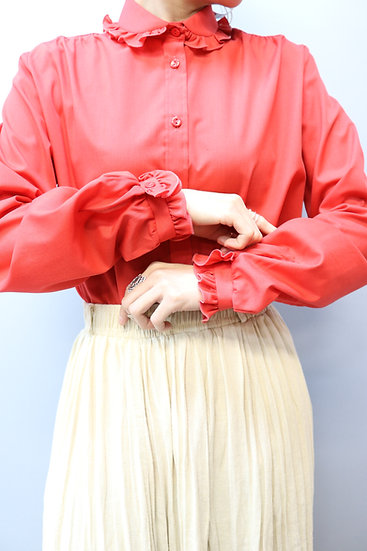 frill design blouse / red