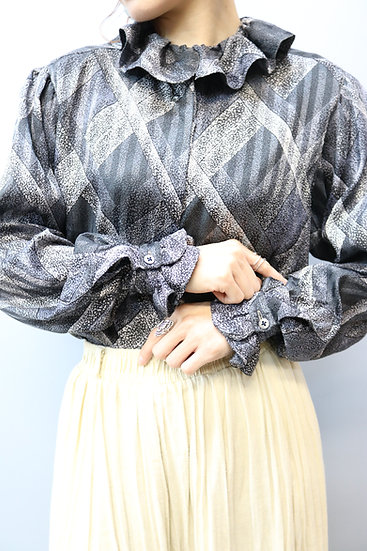 frill design blouse / GRY