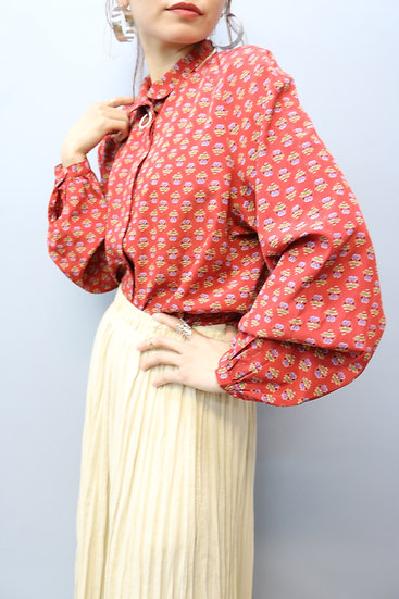 prin t design blouse / deep ped