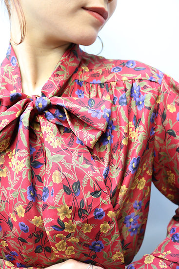 ribbon tie design blouse / deep red