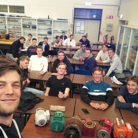 Deelnemende scholen krijgen bezoek van TECHNOPOLIS.