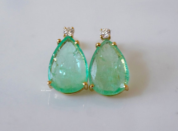 14K Gold Pear Shape Emerald And Diamond Earrings