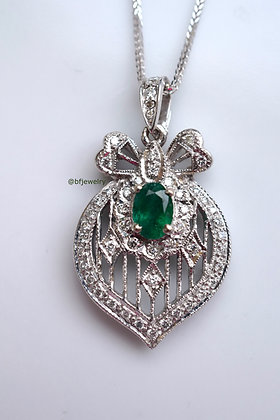 Vintage Style Diamond And Emerald Necklace
