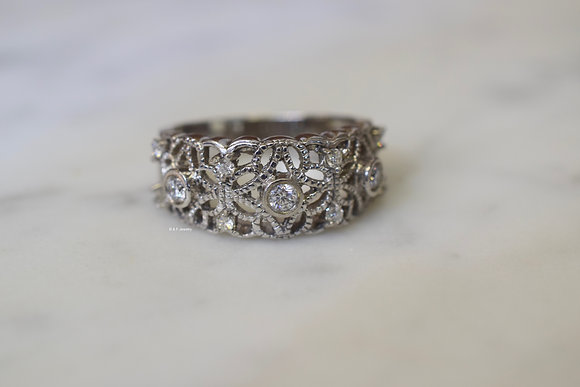 18K White Gold Diamond Anniversary Band With Filagree Detailing