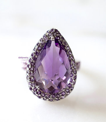 8.71 Carat Amethyst And Pink Diamond Ring