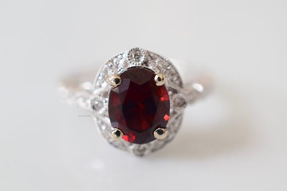 Vintage Style 14K White Gold Oval Garnet And Diamond ring