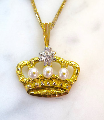 14K Gold Pearl And Diamond Crown Necklace