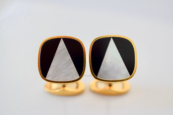 18K Gold Mother Of Pearl Cufflinks