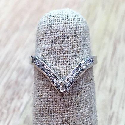14K White Gold Diamond Chevron Ring