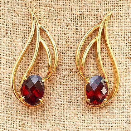 14K Gold 2.47 Carat Garnet Earrings