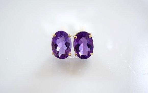 14K Gold Oval Amethyst Stud Earrings