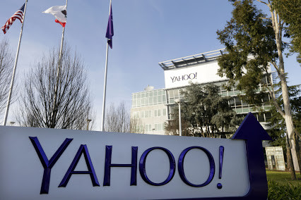 Yahoo alerts customers about forged cookie