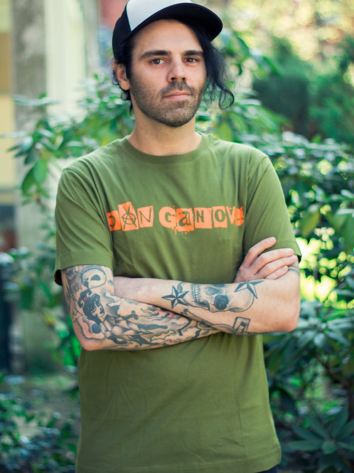 """Dan Ganove"" Schriftzug Shirt (grün/orange)"